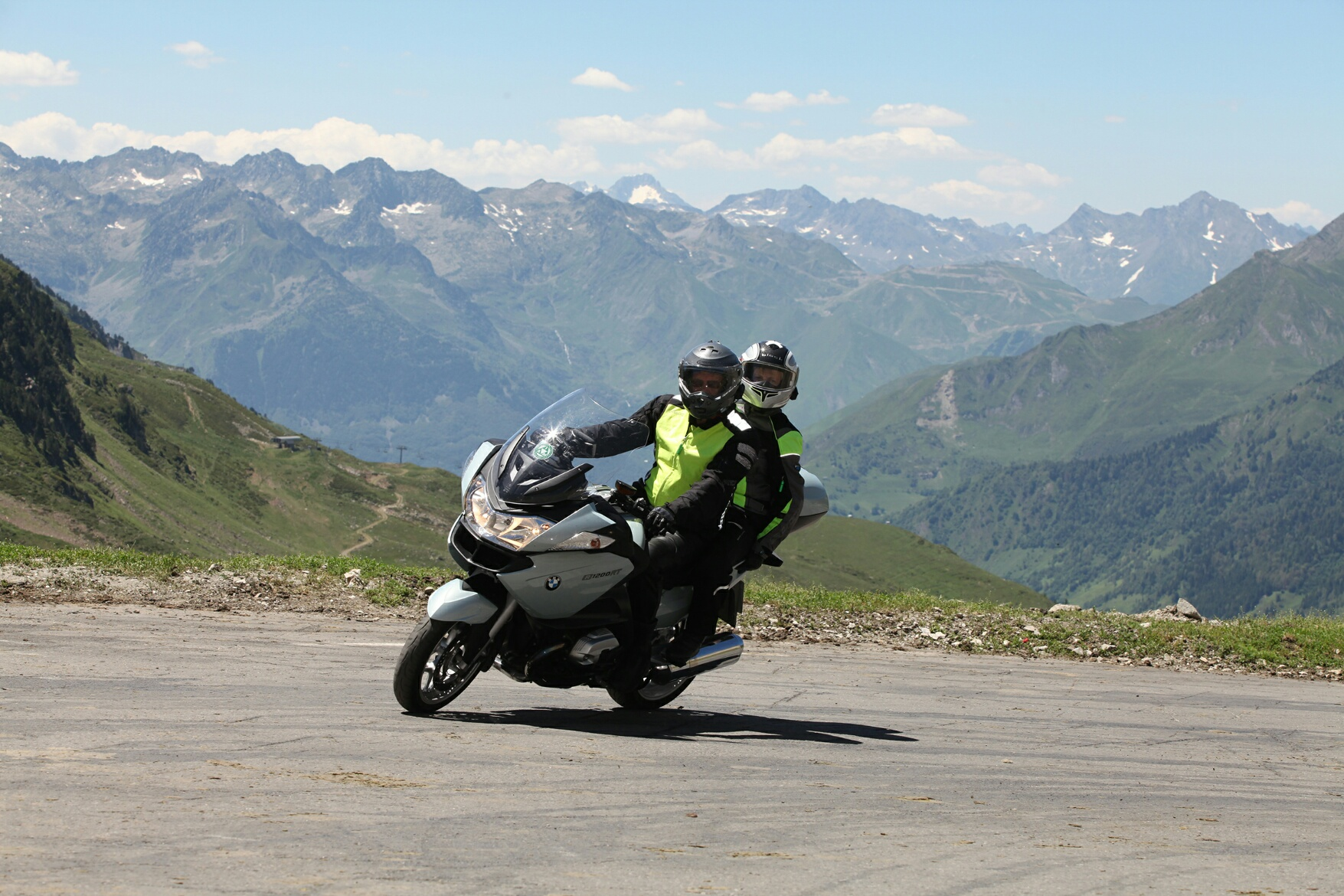 john-and-margaret-spencer-on-the-stelvio